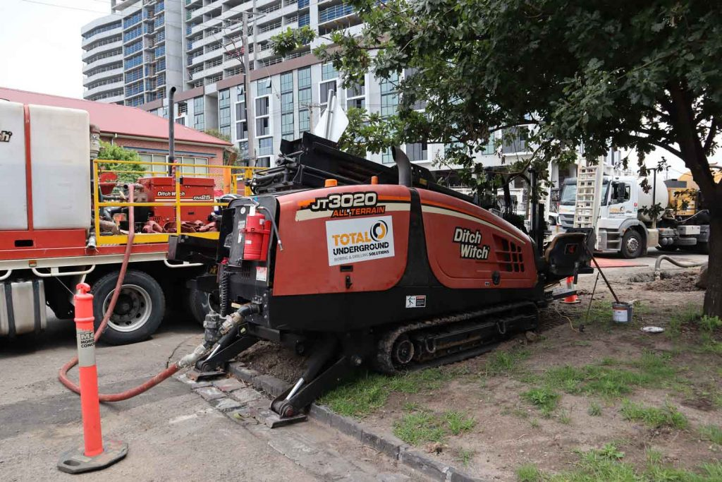 Horizontal Directional Drilling rig ditch witch